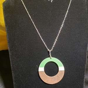 Acrylic circle silver necklace with earrings